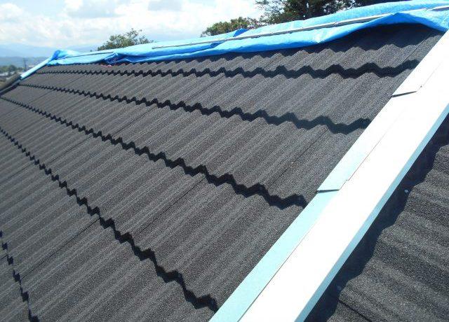 安曇野市三郷にて軽量屋根材T・ルーフ施工完了しました!