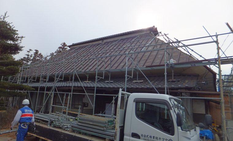 安曇野市豊科高家にて軽量屋根材T・ルーフ設置工事完了しました!