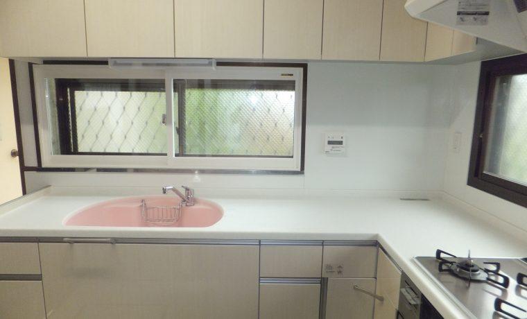 安曇野市豊科田沢にてキッチン改修工事完了しました!