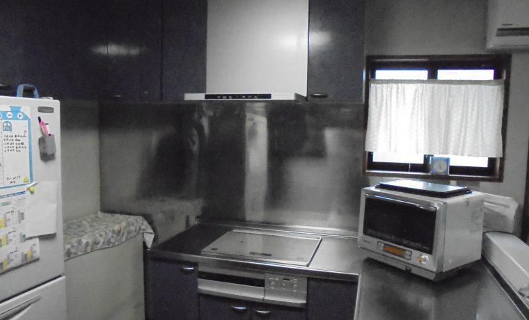 安曇野市豊科高家T邸にてレンジフード交換工事完了しました‼
