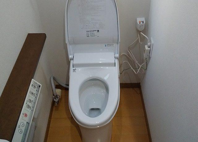 北安曇郡松川村Ⅿ邸にてトイレ交換工事完了いたしました。